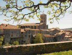 240-Montolieu-village-du-livre-Aude_focus_events